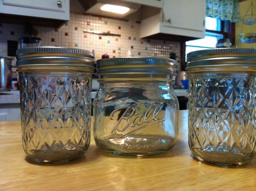 STEP BY STEP: Canning peach preserves (1/6)