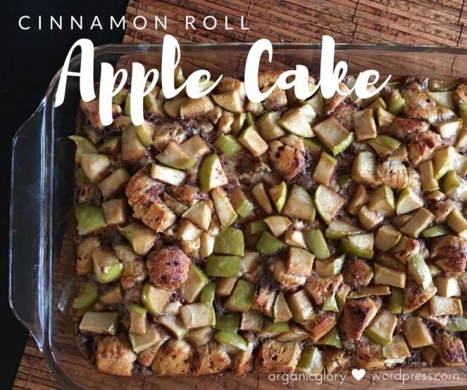cinnamon-roll-apple-cake-1